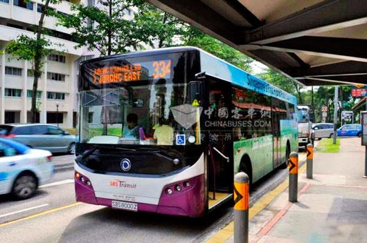 申龙轻量化混合动力客车在新加坡运营