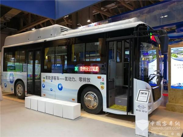 """深耕氢能技术,长江氢燃料电池公交车争做""""先头部队"""""""
