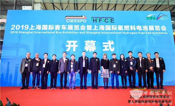 2019上海国际客车展 乌拉圭参观团走访多家代表展商