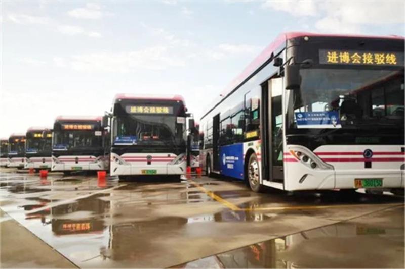 申龙客车服务第三届中国国际进口博览会