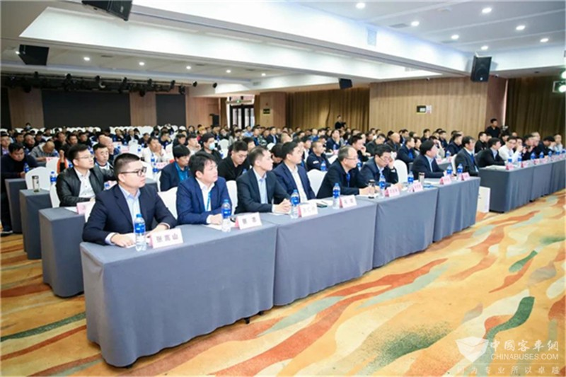 宇通国六新品发布 助攻陕晋客旅转型升级