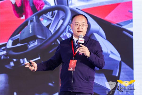森鹏袁丁:具有网络及配电架构设计的5G数字驾驶舱是实现信息一体化的基础