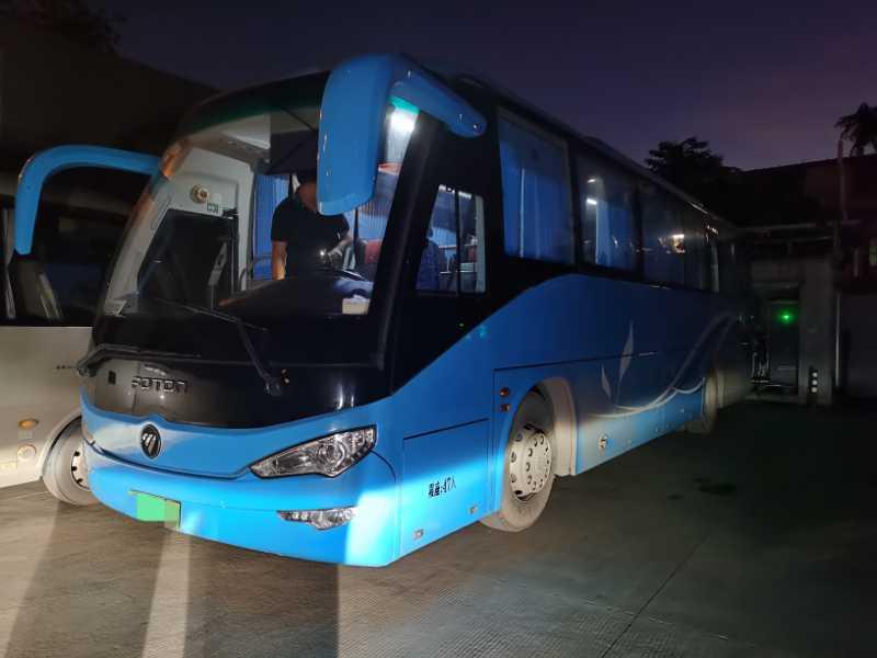 2015年12月 两台同款47座气囊有安全门福田6116客车