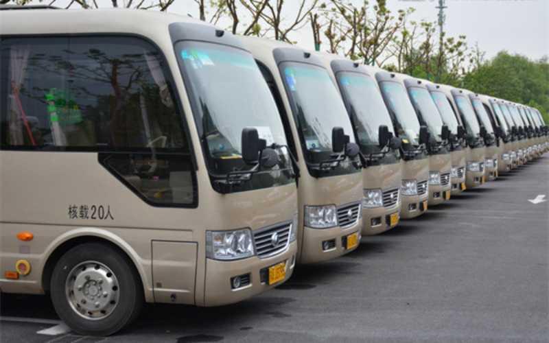 东直门旅游大巴包车服务,大巴出租,企业班车租赁,学校租车