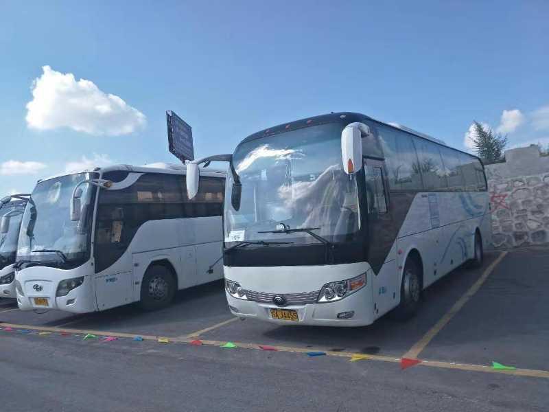 剧组用车班车接送、机场接送、宾馆用车,旅游包车