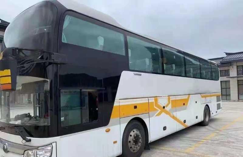 2017年11月宇通ZK6126H5YY1一层半客车,国五,48座