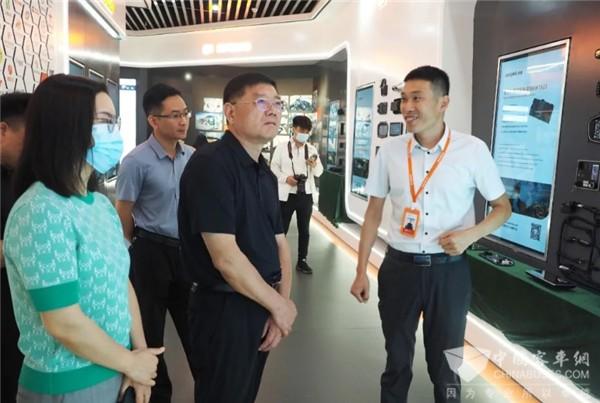 郑州市政协副主席一行莅临森鹏科技走访调研