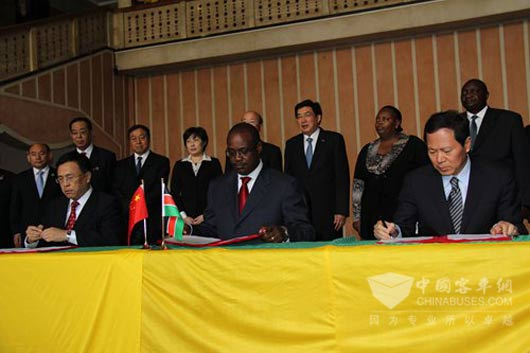 福田汽车与内罗毕政府签订了内罗毕市公共交通改善战略合作项目