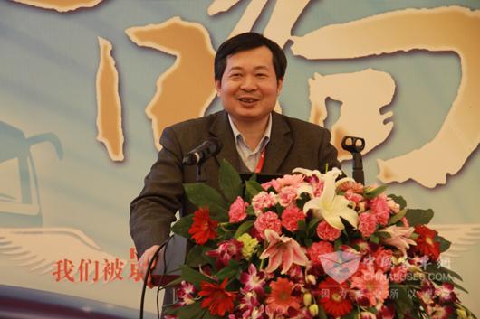 中国科学院物理研究所、中国凝聚态物理国家实验室研究员黄学杰