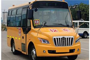 金旅XML6581校车